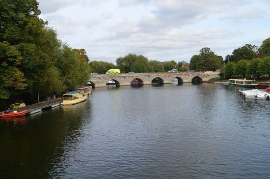 The River Avon Trail: Lovely place