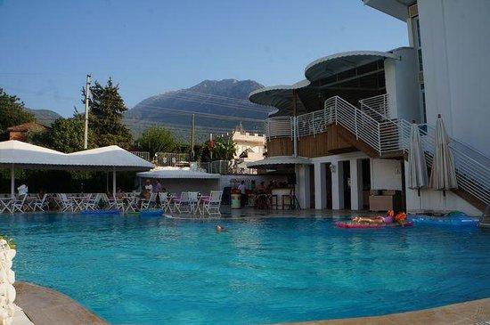 Monta Verde Hotel & Villas : Pool