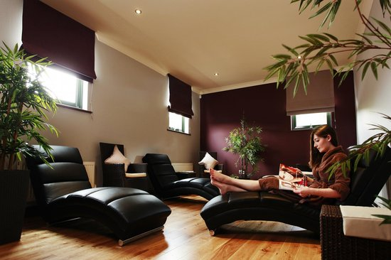 Pure Spa offers a haven in which to melt away stresses and strains and revive your body and soul