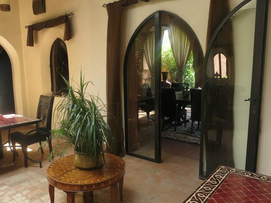 Riad Al Mendili Kasbah: From the hotel main hall