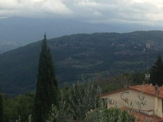 Ristorante Tullio a Montebeni: View outside Trattoria Tullio