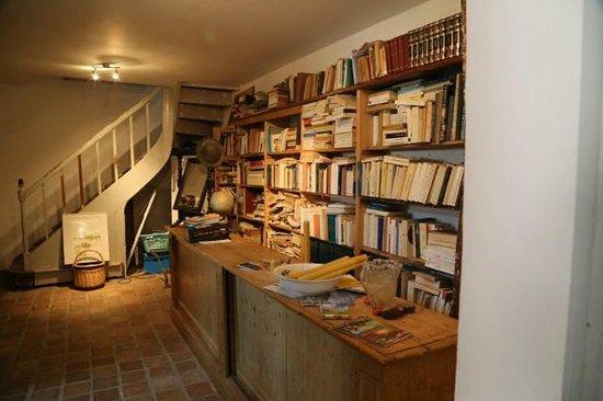 """Le Cep en Sancerrois : The """"bookshop"""""""