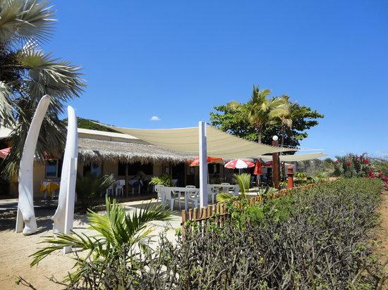 Chez Karon : L'entrée de la terrasse du restaurant