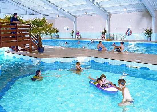 Hunters quay swimming pool - Holiday lodges with swimming pools ...