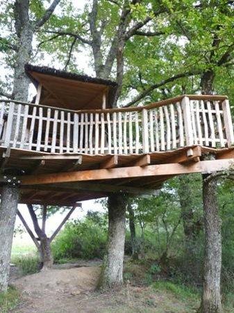 Les Cabanes de Chanteclair : la terrasse