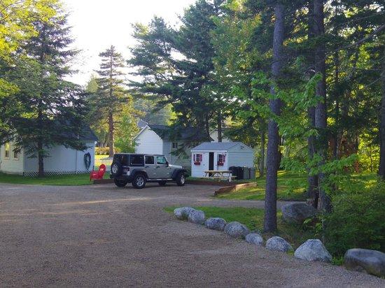 Rose Eden Cottages: Mai 2013