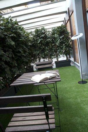 Qualys Hotel Nasco: terrazzo