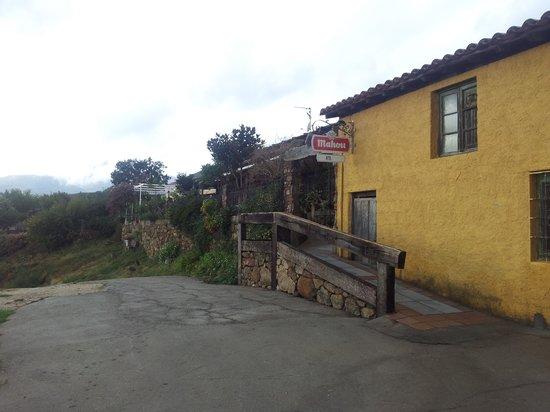 Restaurante el Mirador de Gredos: En plena sierra