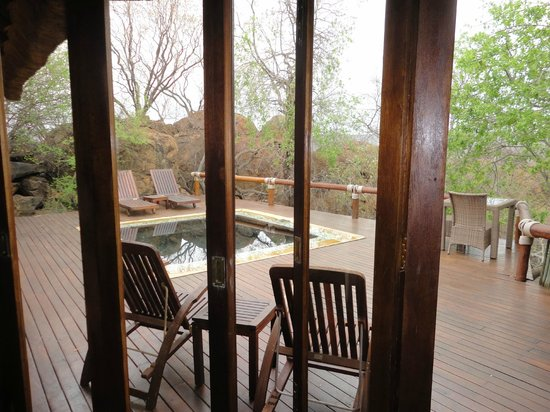 Madikwe Hills Private Game Lodge: View from lounge to outdoor area