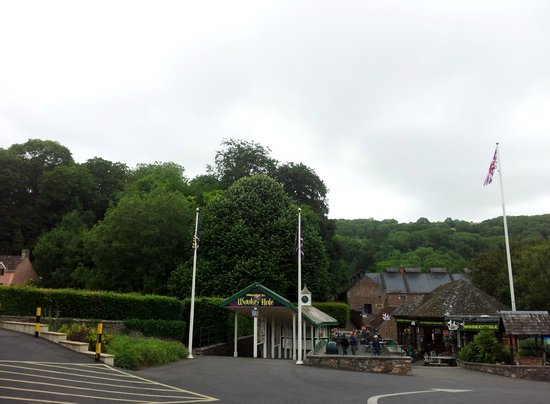 Wookey Hole Hotel: Outside