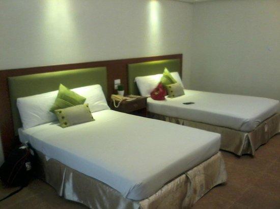 Ormoc Villa Hotel: room