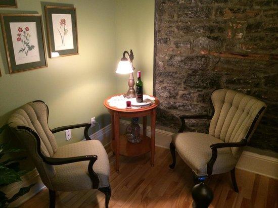 Maison du Fort : Room 9 corner