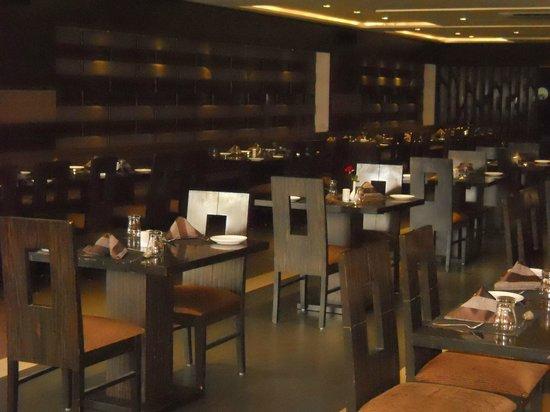 Platinum Inn Hotel: Silver Dine Restaurant