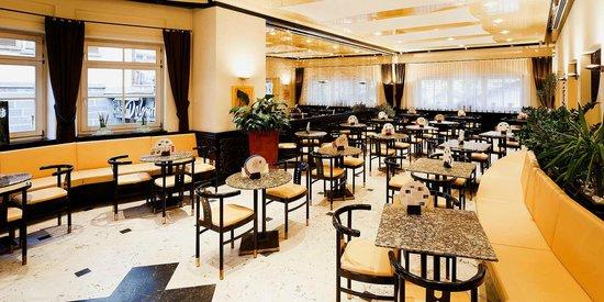 Caffe' Pasticceria Demetz: Cafe Demetz