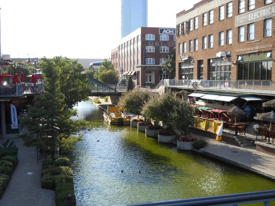 Colcord Hotel: The Canal in Brick Town