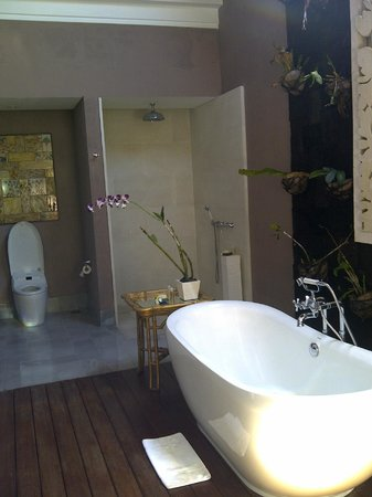 Sudamala Suites & Villas: Salle de bain