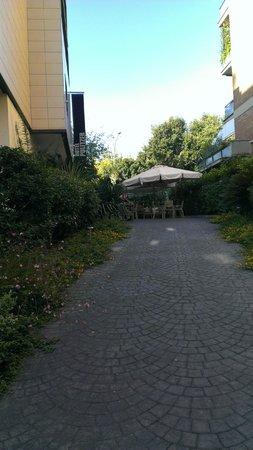Hotel Pulitzer Roma: backyard
