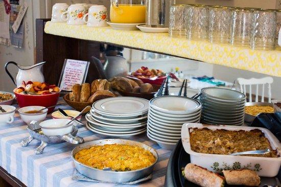 The Darius Inn : Breakfast