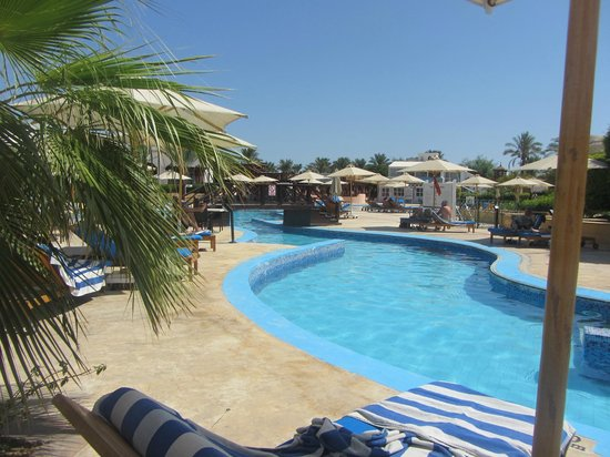 Hilton Sharm Dreams Resort : Admittedly,the pool photos do look ace