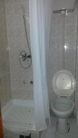 Hotel Kopaonik Lukovska Banja: wc