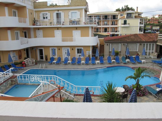 Planos Beach Hotel: View