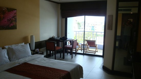 Mercure Pattaya Hotel: The cute sit-out