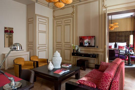 Buddha-Bar Hotel Paris: Suite de Gagny - Salon Boudoir