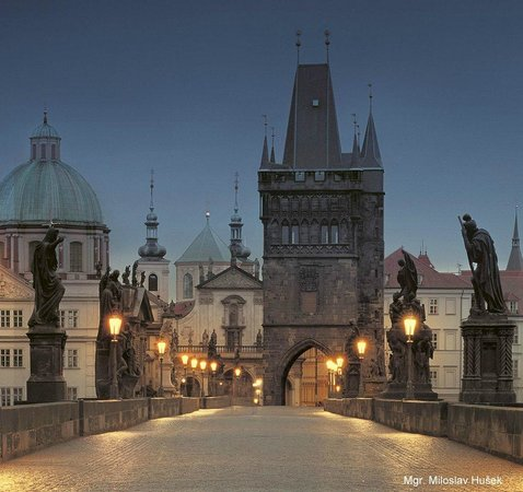 Rob's Prague and Czech Folk Architecture Tour