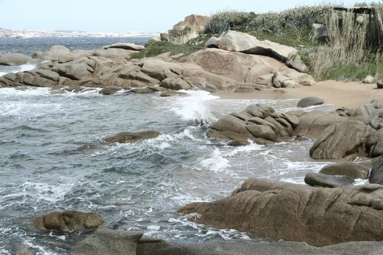 Villaggio Camping Acapulco : kleiner strand bzw. bucht beim campingplatz