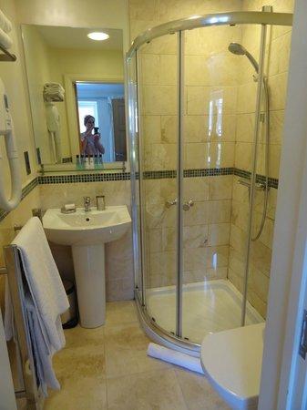 Ethos Hotel & Caffè: salle de bains 1 de la suite