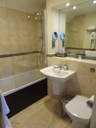 Ethos Hotel & Caffè: salle de bains 2 de la suite