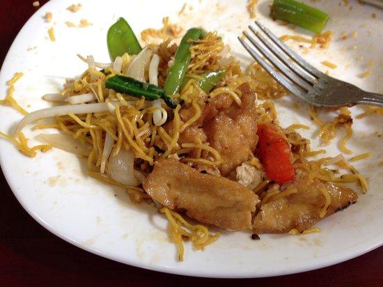 Lime Leaf: Crispy pad Thai - veggie/tofu