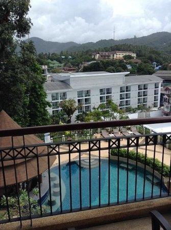 Peach Hill Hotel & Resort: вид из номера