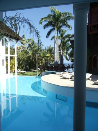 Le Saint Alexis Hotel & Spa: piscine lagon