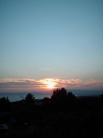 Villa Patrizia B&B: tramonto da favola