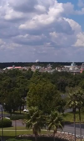 Hilton Orlando Buena Vista Palace Disney Springs : view from my room on the 12th floor