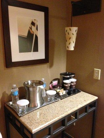 Hilton San Diego Gaslamp Quarter: coffee and tea