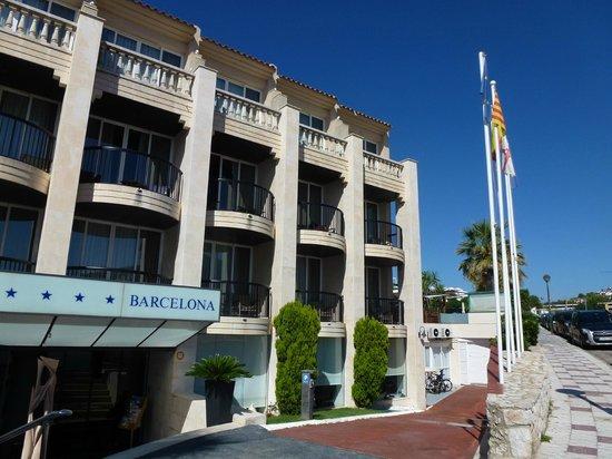 Hotel Estela Barcelona - Hotel del Arte: Hotel entrance