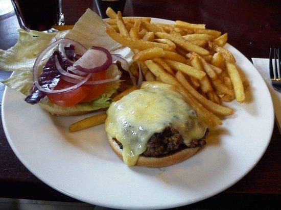 Captain Americas: cheeseburger