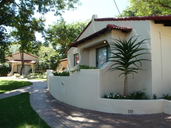 Villa Botanica Executive Guest House