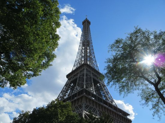 Un Ciel a Paris: Eiffel Tower