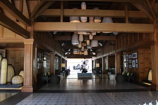 Outrigger Laguna Phuket Beach Resort : Hall