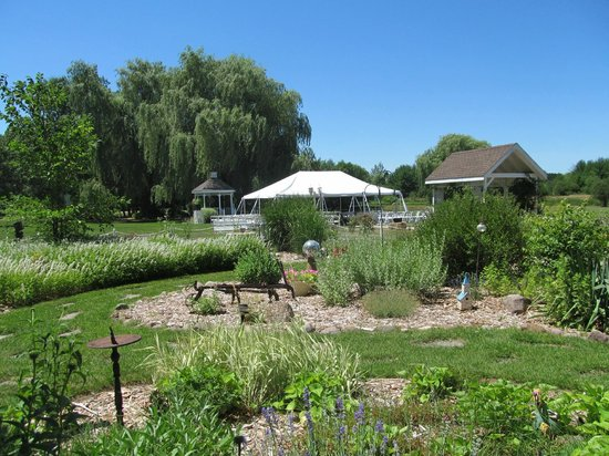 Willow Pond Bed, Breakfast and Events: Part of outdoor garden areas
