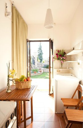 Le Mela Bed and Breakfast: Ingresso indipendente