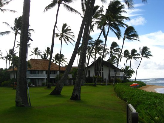 Kiahuna Plantation Resort: Beach front condo