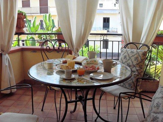 Case Borgo Vacanze: Appartamento Bouganville (Balkon)