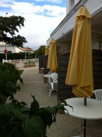 Arcantis Hotel Bellevue: accès et terrasse