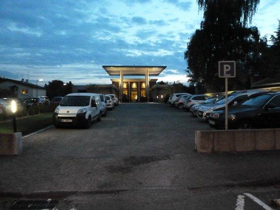 Les Bains douches : Parking