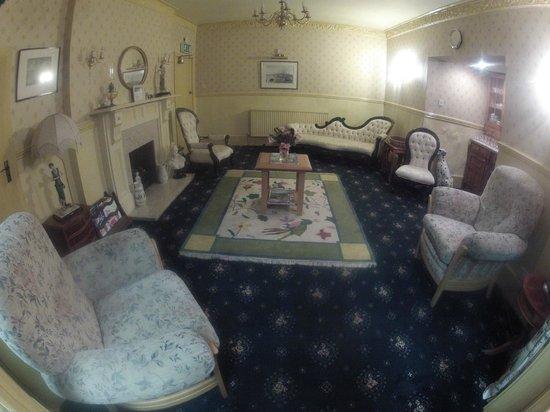 Standbridge Hotel: Lounge