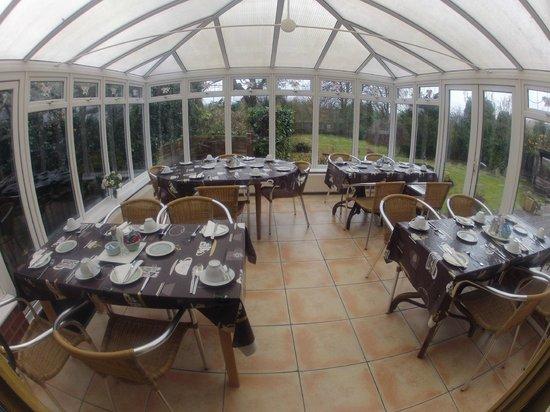 Standbridge Hotel: Conservatory dining room